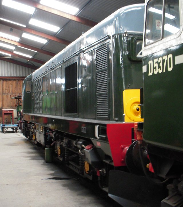 Among the locomotives found in the more clement conditions of the shed meanwhile were Birmingham RCW built Class 27 D5370 - renumbered as 27 024 in April 1974 - and English Electric's 20 214, formerly D8314.