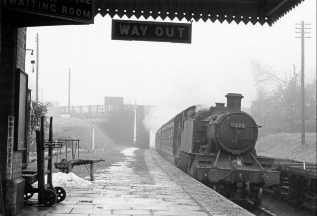 Publicised with Alan's January 1962 picture of GWR Large Prairie tank 6123 arriving at Littlemore on the Thame to Princes Risborough branch, the 2012 show made full use of the stage and the room at its rear, raising � 800 for Hucclecote Methodist Church, Water Aid and two other local charities.