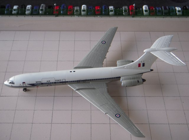 Terminal 1 will make its exhibition debut at the Cheltenham GWR Modeller's Club exhibition on Saturday 24 and Sunday 25 October 2008 at St Margaret's Hall, Coniston Road, Cheltenham and the trains and aircraft likely to appear on it will be discussed ina future article.