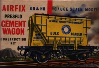 The original packaging of the Airfix  00 gauge Presflo kit