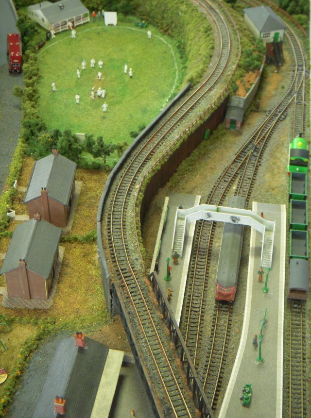 Home - N scale train layouts small spaces paint ...