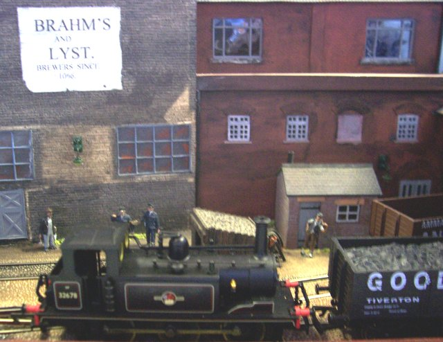 There I was at the Cheltenham GWR Modellers Group Exhibition in April 2007, taking digital photographs of the exhibits and making notes to supplement the programme for my website when I came across Campbell's Yard.