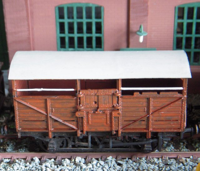 British Railways were still building 11 and 8 ton cattle wagons to an essentially Great Western design during the 1950s (including a batch of 8 tonners as Lot 2495 at Swindon in 1954 which seem to have inspired the Airfix - now Dapol kit pictured above) although few survive today as at the end of their working lives they were often burned to destroy possible infection.  The last traffic flows of live cattle were from ports receiving beasts from Ireland and the Scottish isles as late as the 1980s and today all cattle are slaughtered close to the farms where they were raised and their carcasses transported in refrigerated lorries.