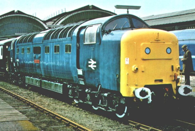 "Class 55 ""Deltic"" 55 012 ""Crepello"" stands at the north end of York station"