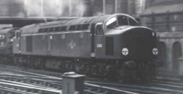 English Electric Type 4 D305 acclerates the seven carriage 15.55 Manchester service from Platform 6 of Birmingham New Street station on 17 May 1961
