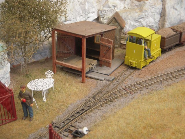 THE WESTON SUPER MARE TRAIN SHOW WILL BE HELD AT LOCKING CASTLE ON SUNDAY 11 JANUARY 2015. AMONG THE ATTRACTIONS AT THE 2014 SHOW WAS BUTTERMERE, ABOVE. CLICK HERE FOR DETAILS