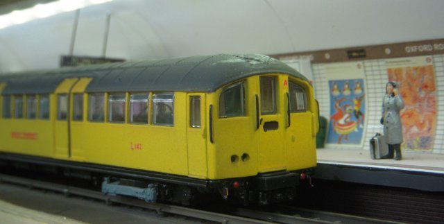 THE COTSWOLD MODEL RAILWAY SHOW WILL BE HELD AT THOMAS KEBLE SCHOOL, EASTCOMBE, ON 1 AND 2 NOVEMBER 2014. AMONG THE ATTRACTIONS AT THE 2013 SHOW WAS OXFORD ROAD, ABOVE. CLICK HERE FOR DETAILS