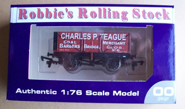 Top view of Robbie wagon in box