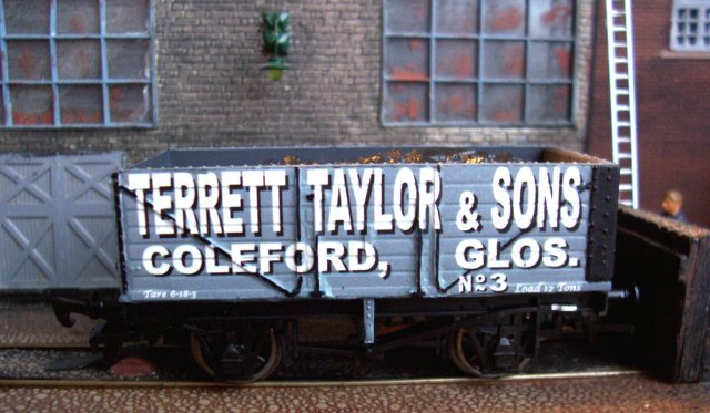 When I pointed this out to Robbie Burns in 2007 he immediately set about creating a Terrett Taylor & Sons number 3 ( below ) in exchange for the number 5 pictured above. How many other model railway rolling stock suppliers would offer such excellent customer care as well as attention to detail?