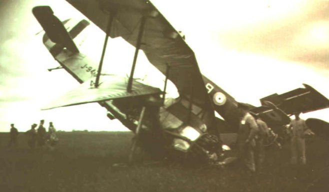 The remains of an Armstrong Whitworth Atlas and an Avro Avian after a collision at Grantham in June 1931
