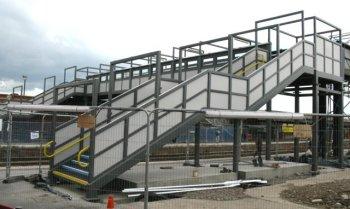Rail_Station_Gloucester_footbridge construction