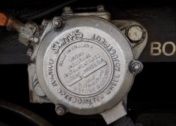 Also unique to W55003 was an internal plaque recording its ownership and restoration by Ian Edward McDonald from January 1996 to October 1999 and with a dedication to Cecil J. Hughes while original external features included a GRCW worksplate and a railway speedometer wheel adjustment instrument made by Smiths Instruments, now a part of GE Aviation and with premises in nearby Bishop's Cleeve. Indeed, as Ian pointed out to me, the bogies that the Smiths component was attached to had a noticeably longer wheelbase than those found beneath otherwise similar diesel multiple units.