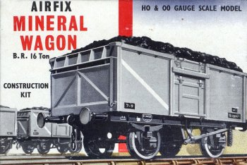 One of the most common variants within both Diagrams was the downward opening flap above the side door. This was known as the London Trader's flap and was designed to ease the task of unloading coal by hand. Although not present on the riveted Diagram 1/109 N gauge wagons modelled ready to run by Peco, it was a feature of the famous OO Airfix (now Dapol) kit depicting a welded wagon.