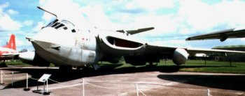 The first larger and heavier Victor B.Mk 2 flew on 20th February 1959 powered by the 22,000 lb thrust Mk 103 variant of the Rolls-Royce Conway - the World's first turbofan engine.