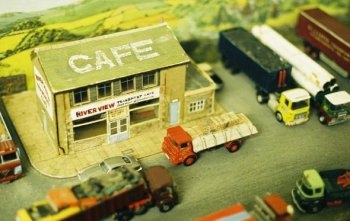 Over time, David has also become very interested in helping to make the various loads seen on the trailers and a joint decision resulted in the diorama of the River View Transport Cafe being constructed to exhibit vehicles from the late 1970s.
