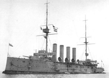 Dutch salvage contractors are cutting up the wrecks of three British warships in the North Sea which mark the graves of 1 459 Royal Navy sailors. The cruisers HMS Aboukir, HMS Hogue and HMS Cressy were torpedoed one after another by the German submarine U-9, 22 nautical miles off the Dutch coast on 22 September 1914.