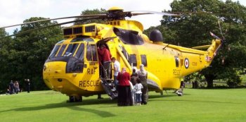 The Westland Sea King HAS ( helicopter, anti submarine ) Mark 1 became operational with the Fleet Air Arm of the Royal Navy in February 1970 with the formation of 824 Naval Air Squadron. As well as replacing General Electric T58 turboshafts - as fitted to the four pattern S-61Ds supplied crated in summer 1967 - with Rolls Royce Gnome powerplants, Westland also equipped their HAS1s with Newmark Automatic Flight Control Systems, Marconi Doppler and Ecko search radar and Plessey sonar. Offensive armament comprised four homing torpedoes or depth charges.