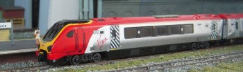 "My first-generation Dapol model of 220 002 ""Forth Voyager"" in its original Virgin Trains Cross Country livery was acquired through the kindness of my good friend Paul Elliott."