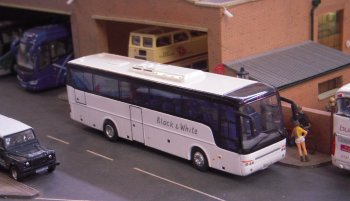 It has been a great year for Ming Ing and as well as the Bullock's Scania Irizar and Harry Shaw's Neoplan Cityliner meeting in the yard of City Buses there have been new vehicles, structures and figures co-opted from Universal Works in Clarkson's End which made its debut a week earlier at the 2017 Cotswold Model Railway Exhibition.