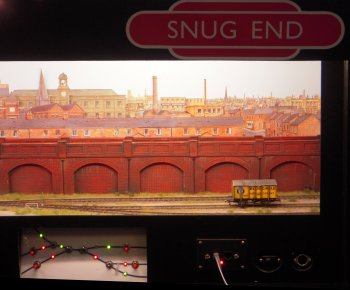 Snug End was inspired by a competition in the Homby Magazine to build a diorama in 3 square feet (432 Square inches).