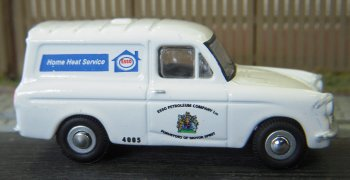 At the 2018 Hucclecote Model Railway Show I was lucky enough to be able to acquire an example of Oxford Diecast's Ford Anglia van in Esso Home Heat livery.